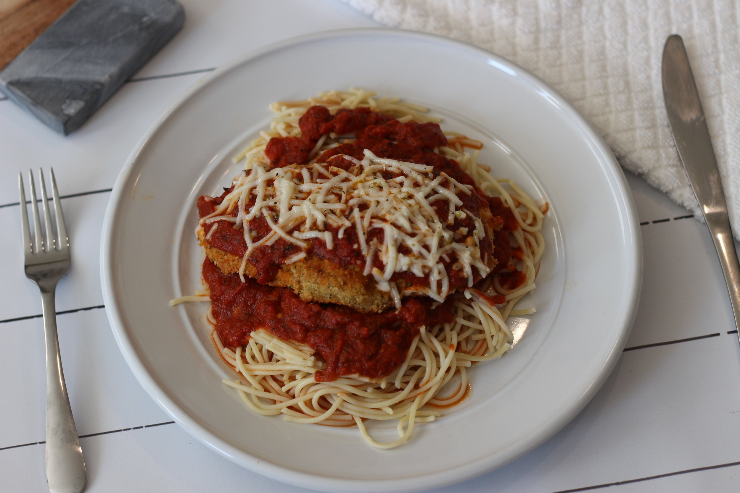 clean-eating-gluten-free-dairy-free-chicken-parm-dinner-au-courant-life.jpg