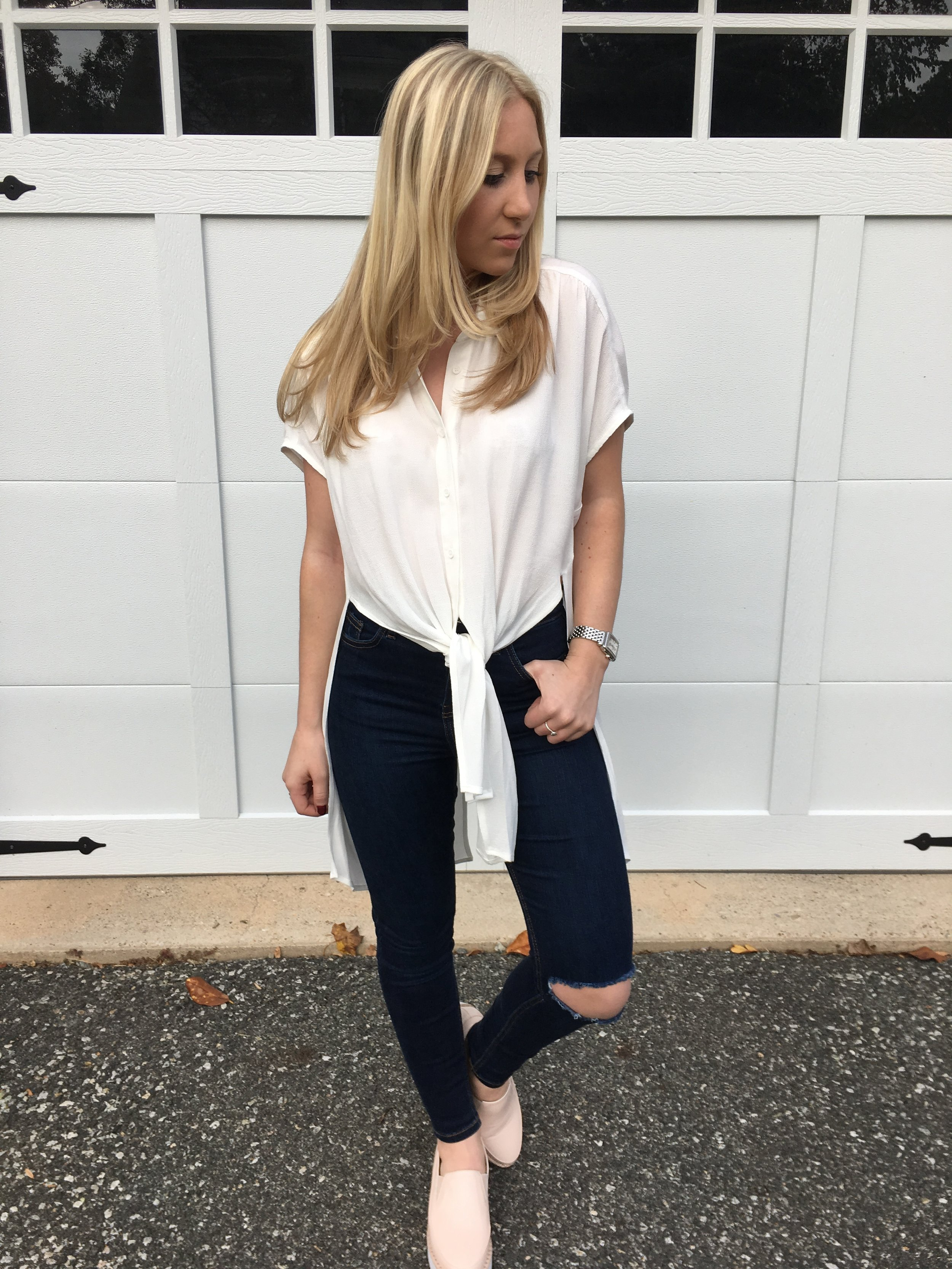 blush-sneakers-outfit-inspo-au-courant-life.jpg