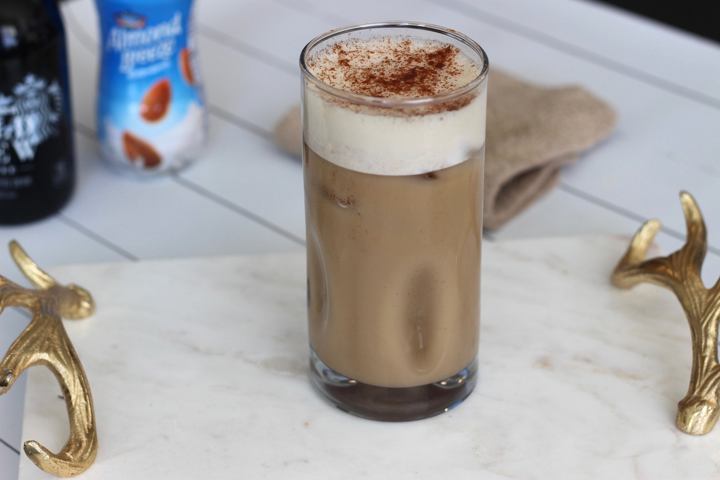 Clean eating pumpkin spice latte by Au Courant Life