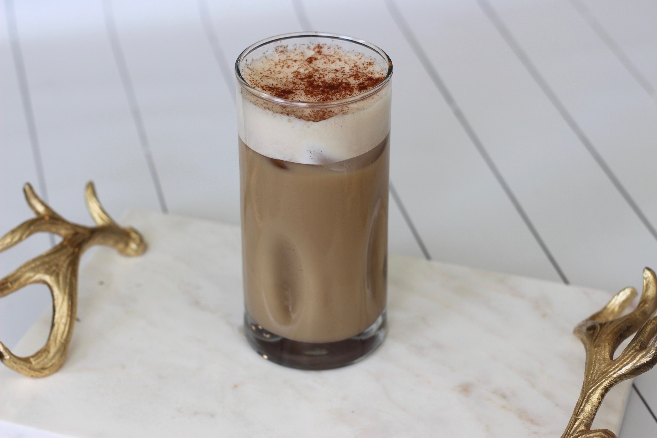 Dairy free pumpkin spice latte recipe by Au Courant Life