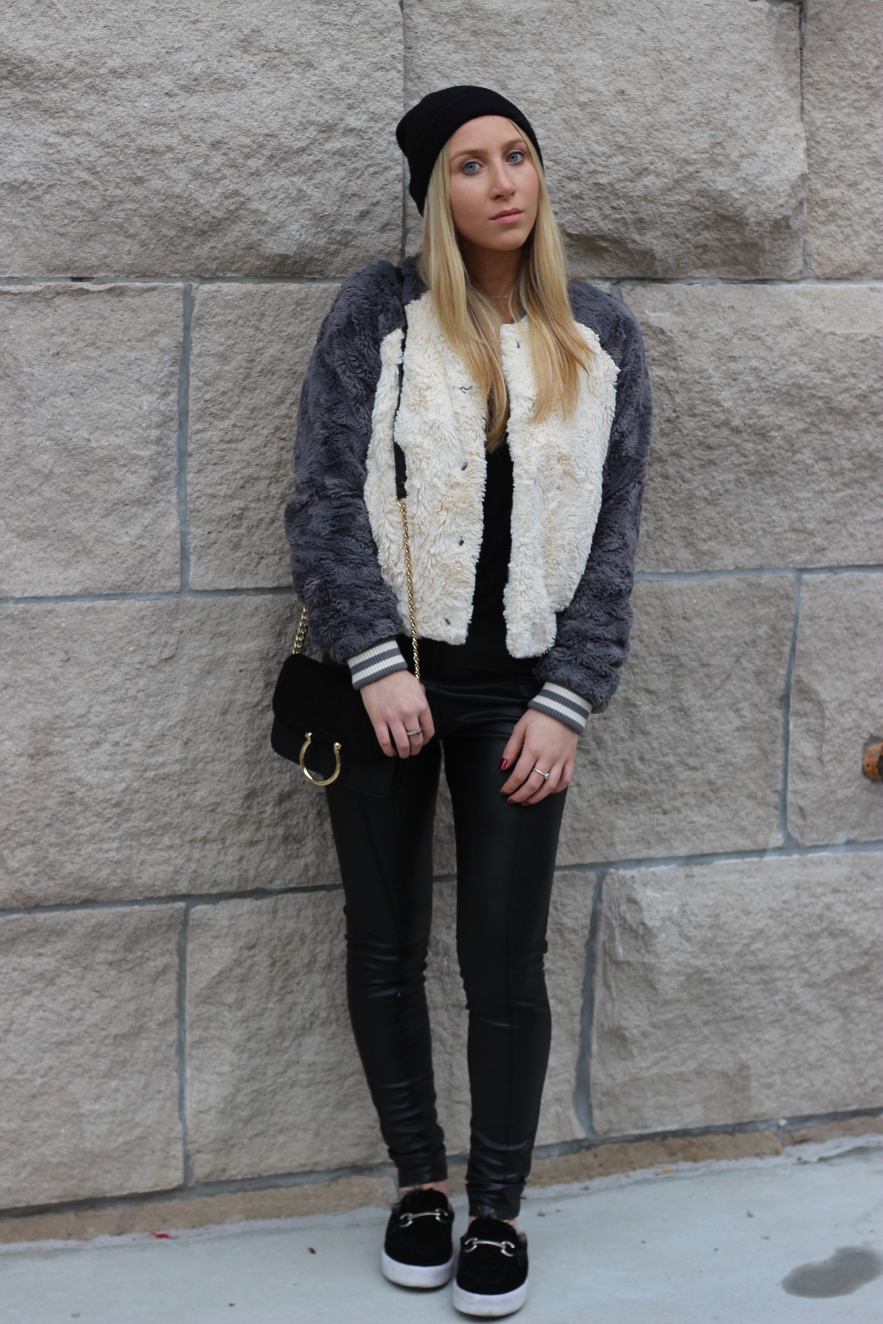 Au Courant Life keeping warm for Fall in slides leggings and bomber