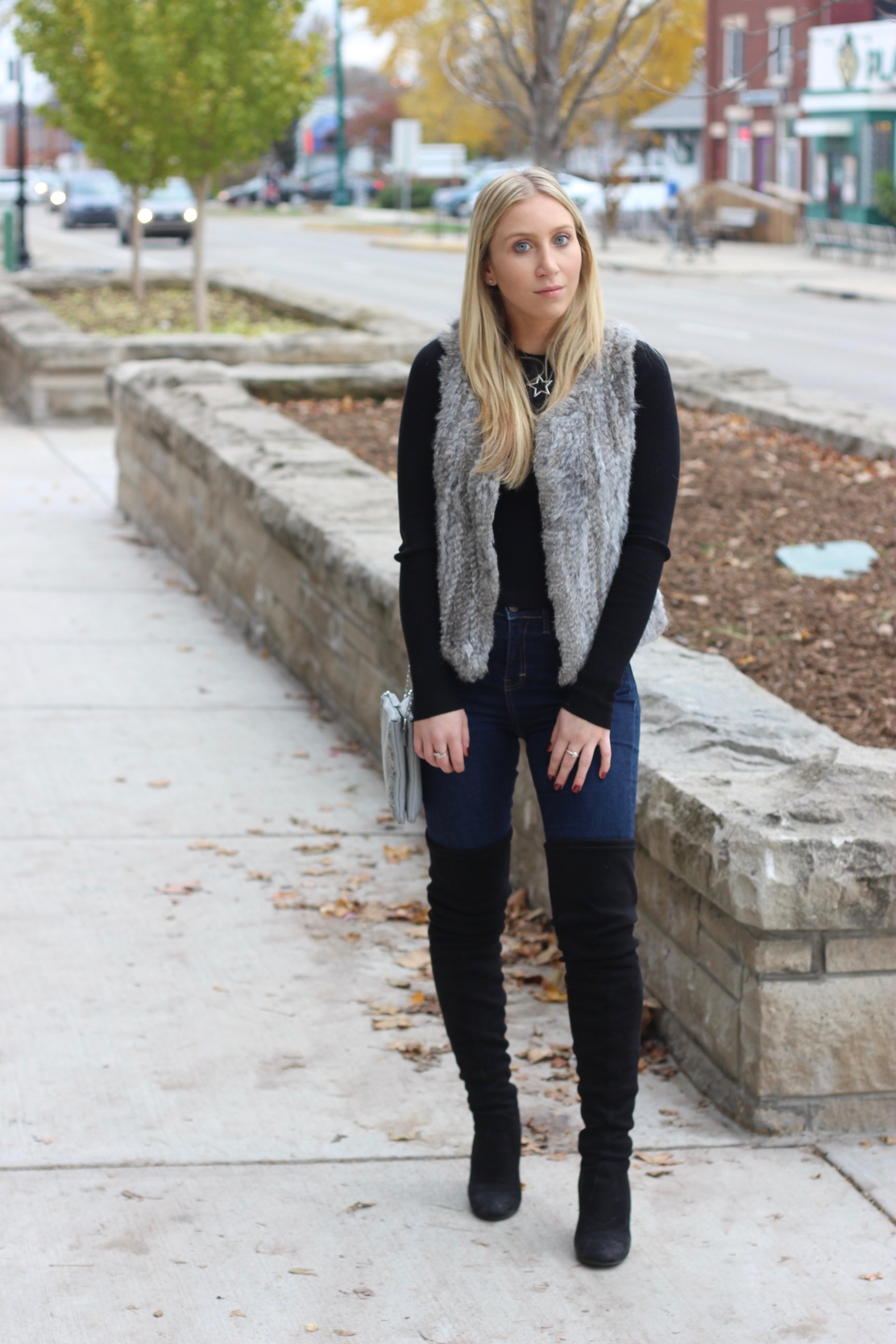 Fall and winter outfit inspiration by Au Courant Life