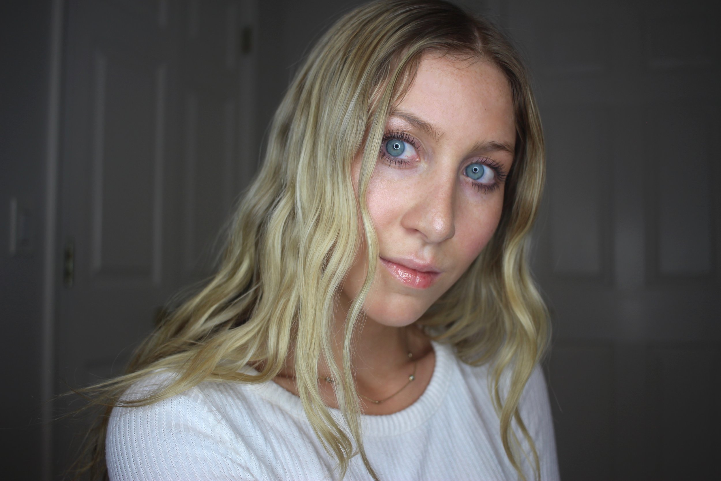 Natural No-Makeup Look by Au Courant Life