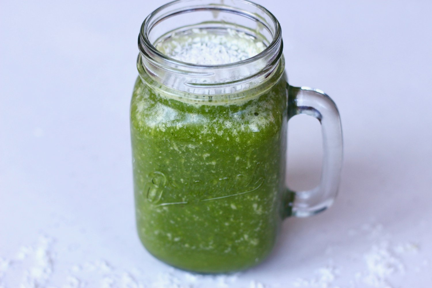 Green smoothie 2 ways by au courant life