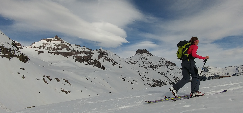 Ski boot hero-pine-needle-mountaineering-1500x700.jpg