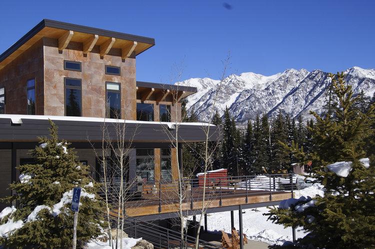 Durango_Nordic_lodge+pine-needle-mountaineering.jpeg