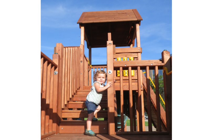 web photos playstructure.jpg