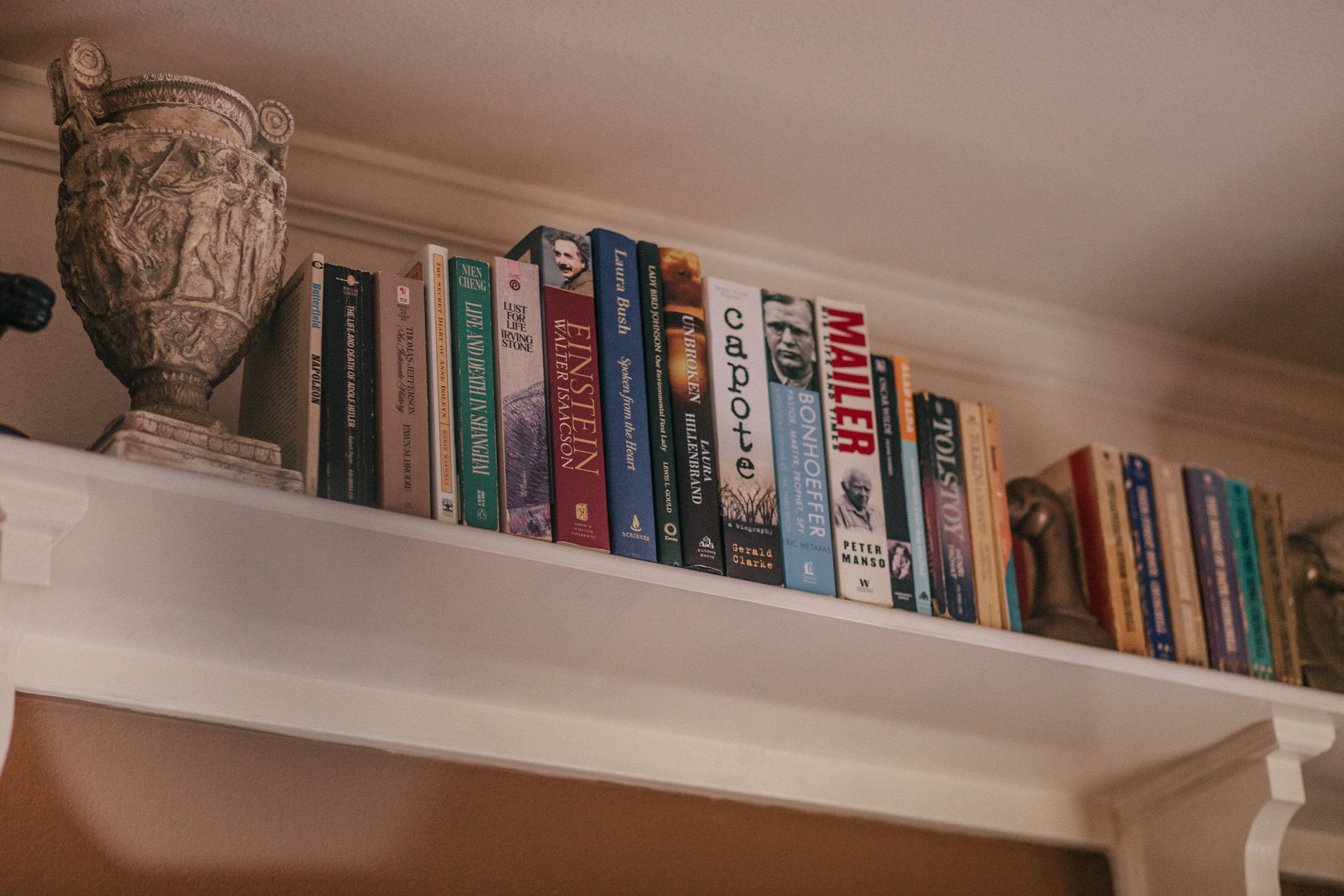 ...and more books. Each room, stocked.