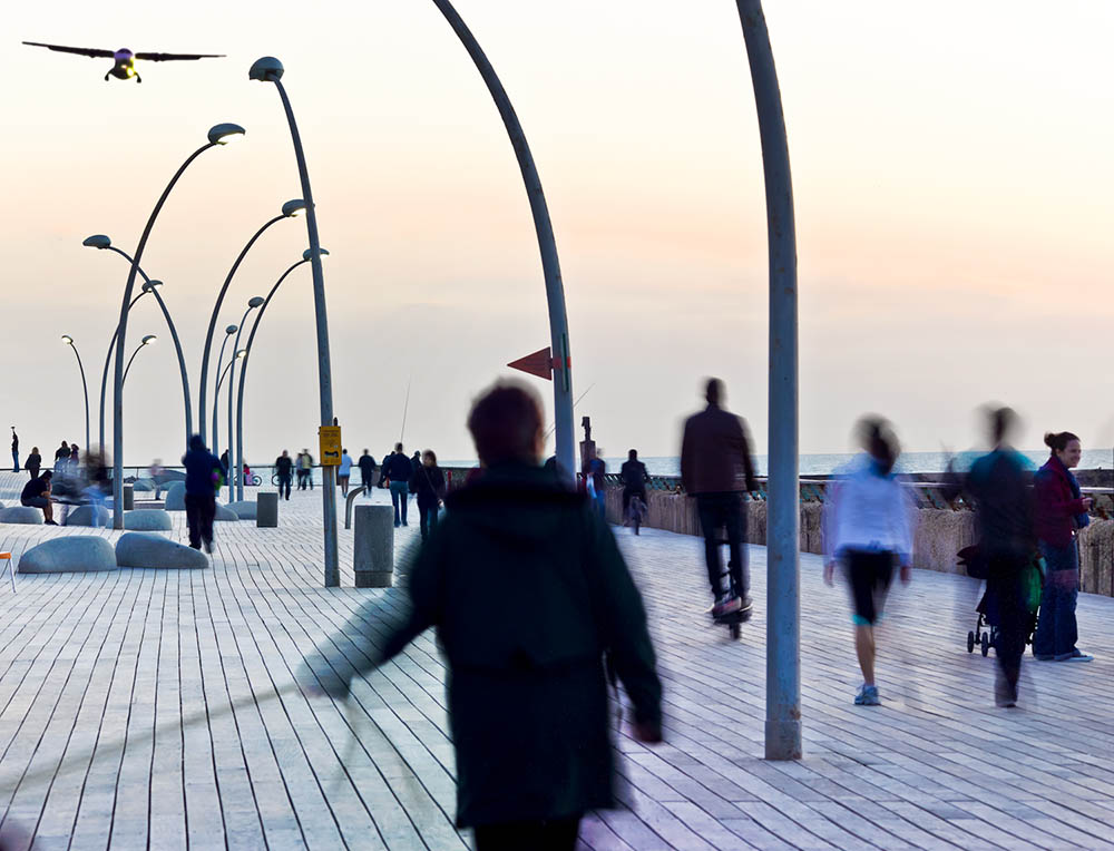 Morning on the boardwalk in Tel Aviv–Yafo