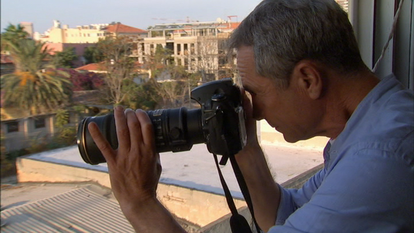 Photographer Barry Frydlender in a still from the film  Out in the World.