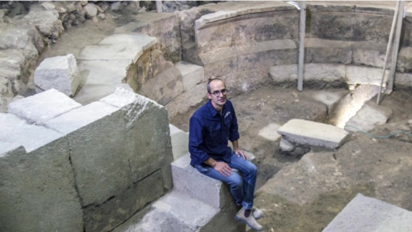 Archeologist Joe Uziel in the newly discovered Roman theater near the Western Wall. Photo courtesy of Israel Antiquities Authority