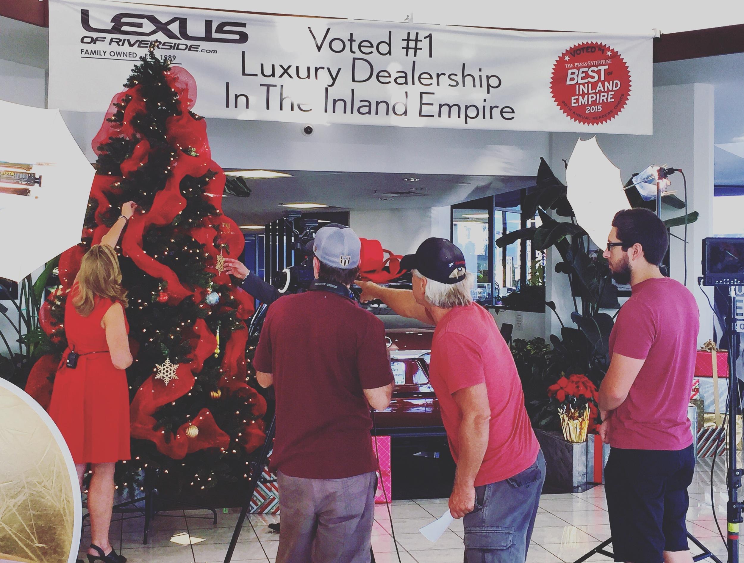 Lexus Hol.JPG