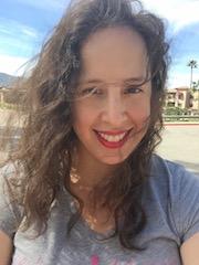 Hi I'm Cindy a sustainable fashion designer and entrepreneur.