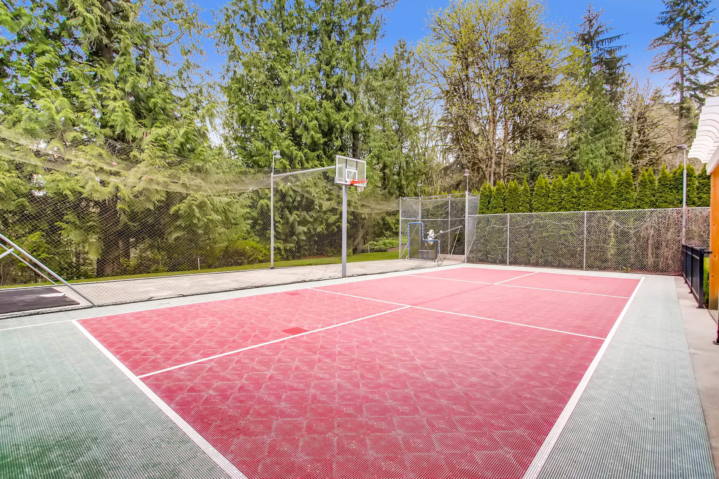 22135 Se 134th St Issaquah WA-print-038-32-Sport Court-2700x1800-300dpi.jpg