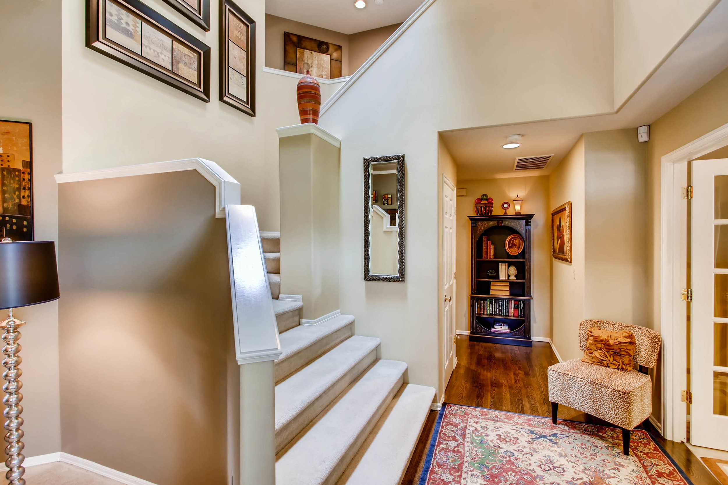 12021 Club House Lane Mukilteo-print-016-14-Stairway-2700x1800-300dpi.jpg