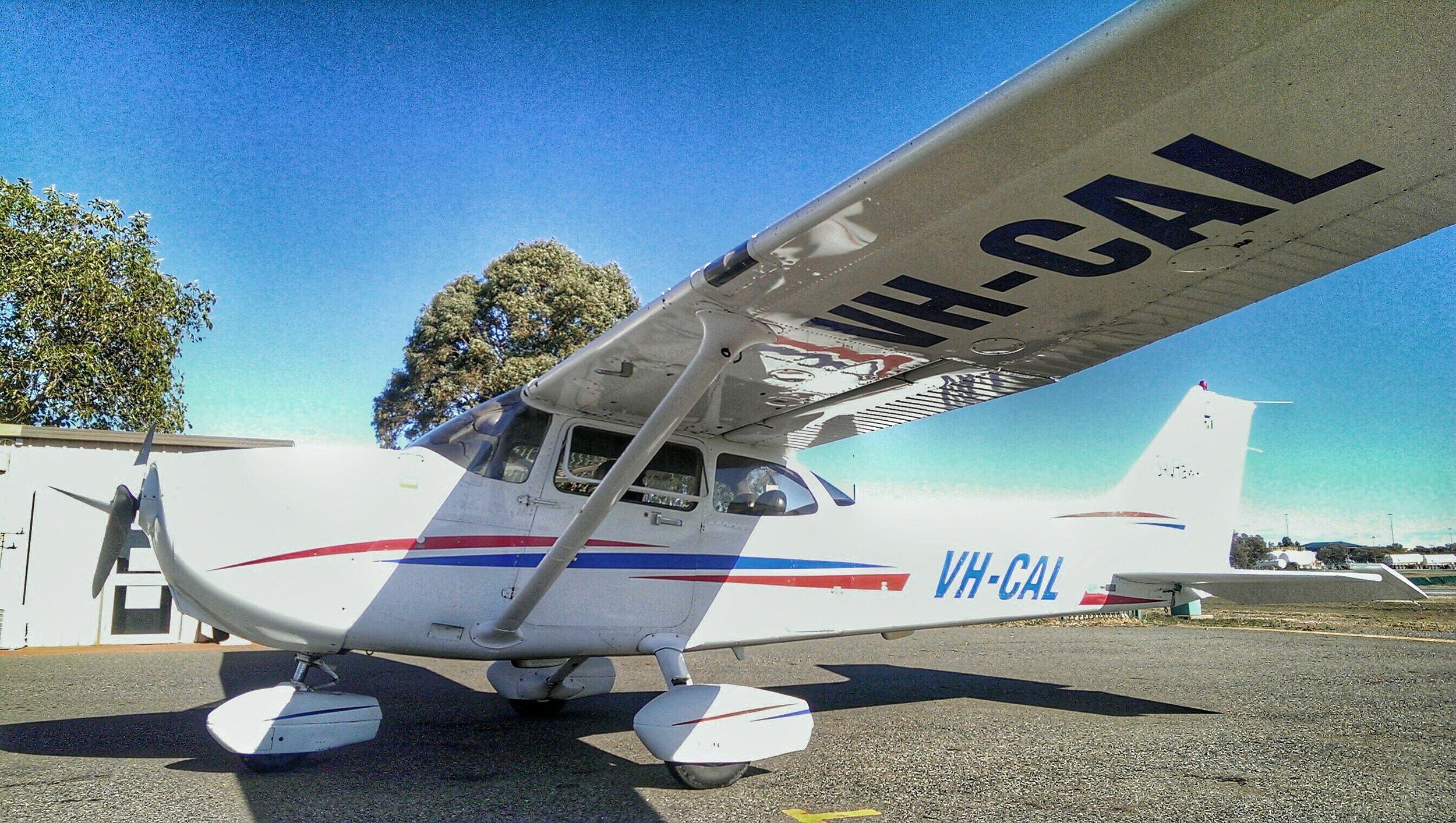 Cessna 172 VH-CAL.jpeg