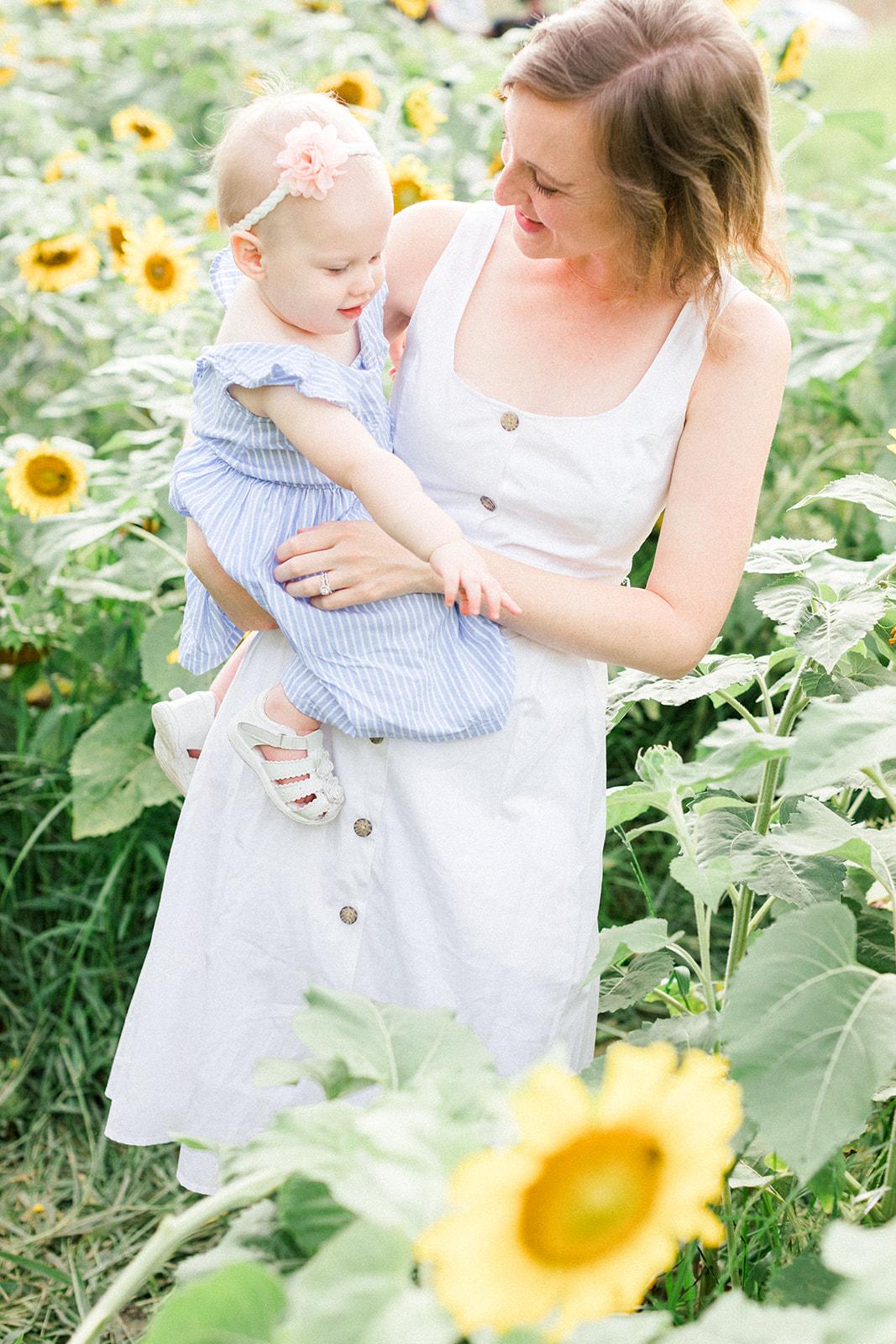 Four_Corners_Photography_Ludvigsen_Finals_Sunflower_Farm_Mini-5.jpg
