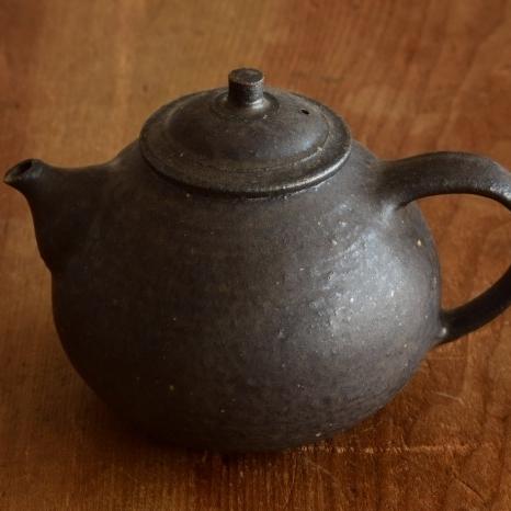 Masashi Tsubokake teapot main.jpg