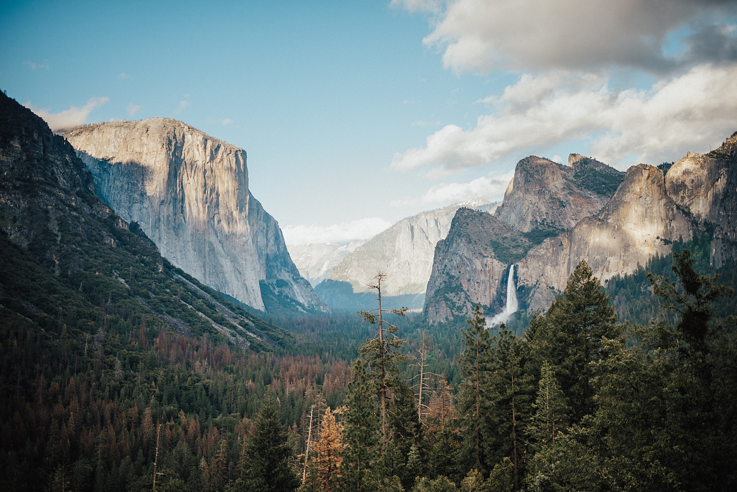 YOSEMITE  I'm going to start with State side options and I can't think of a better place to start than Yosemite National Park in California!