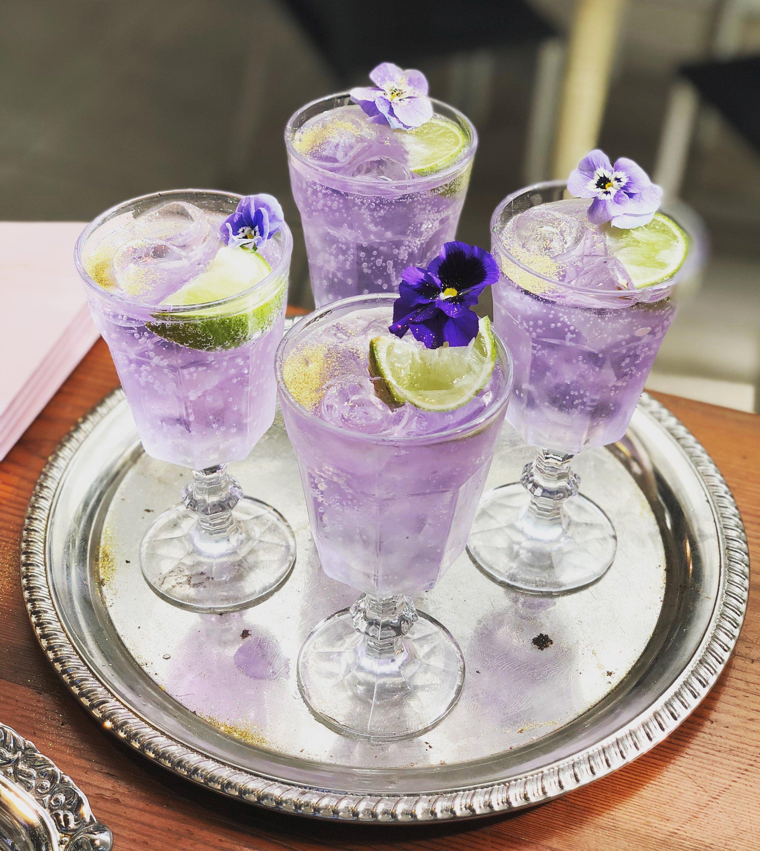 gin bar 5.JPG