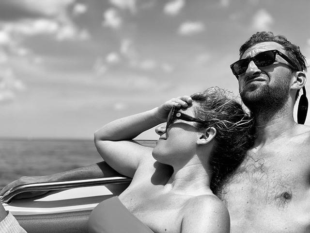 Still living that #americkandream . . . . . . 📷 @itskatehughes  #couplegoals #boatlife #holidayweekend #husbandandwife #lakemichigan #summerinthecity #summerinchicago #votefortjarks