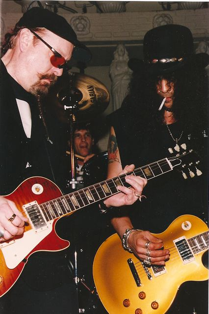 Rod jamming with Slash and Cheap Trick's Rick Nielsen