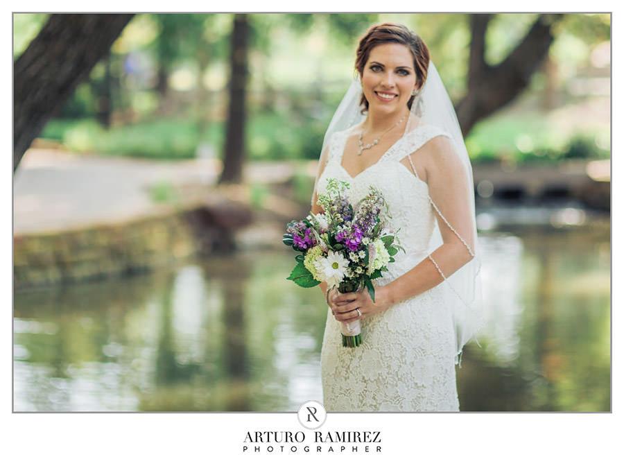 Fort Worth Botanical Gardens Bridal009.JPG