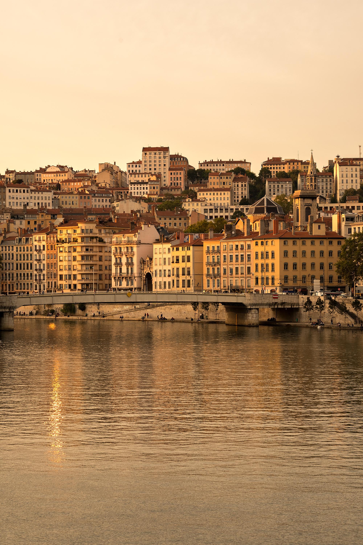 4-Bridges-in-Lyon.jpg
