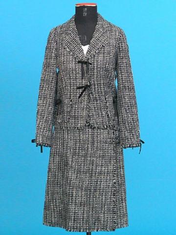 FP-98/99 Classic chanel suit