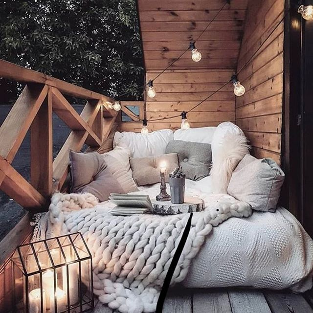 Take me, I'm yours #thisspace 💕 . . . . #homegoals #perfect #spaces #homeinspo #outdoors #lush #snuggle #iwant #placetocallhome #bedroomgoals #outdoorspaces #inspo #inspiration #pastels #decor #australianhomes #mumlife #inspireme #home #gifts #love #perth #perthisok #online #boutique