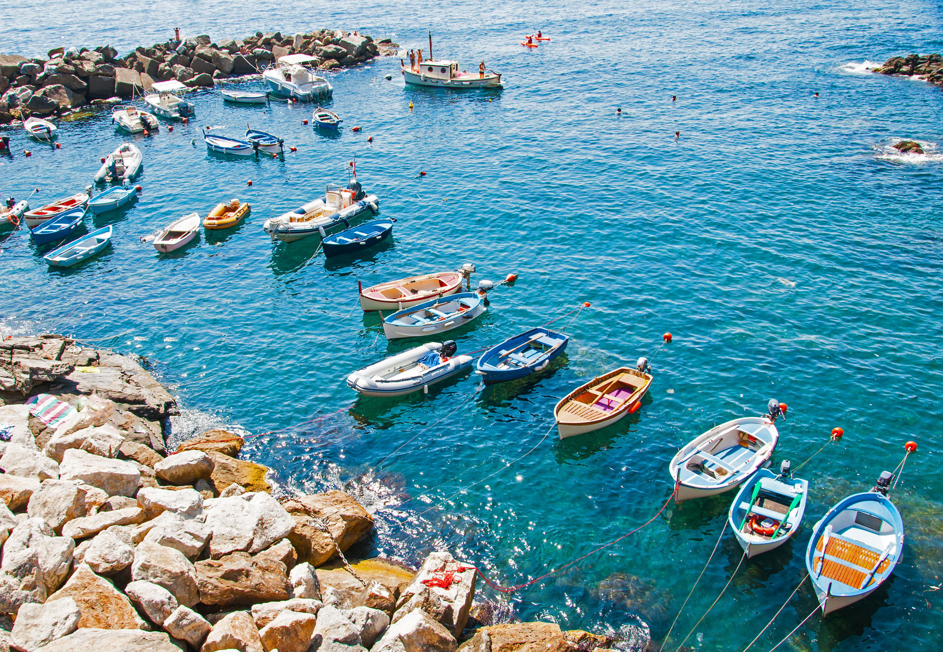 Vernazza boat tours