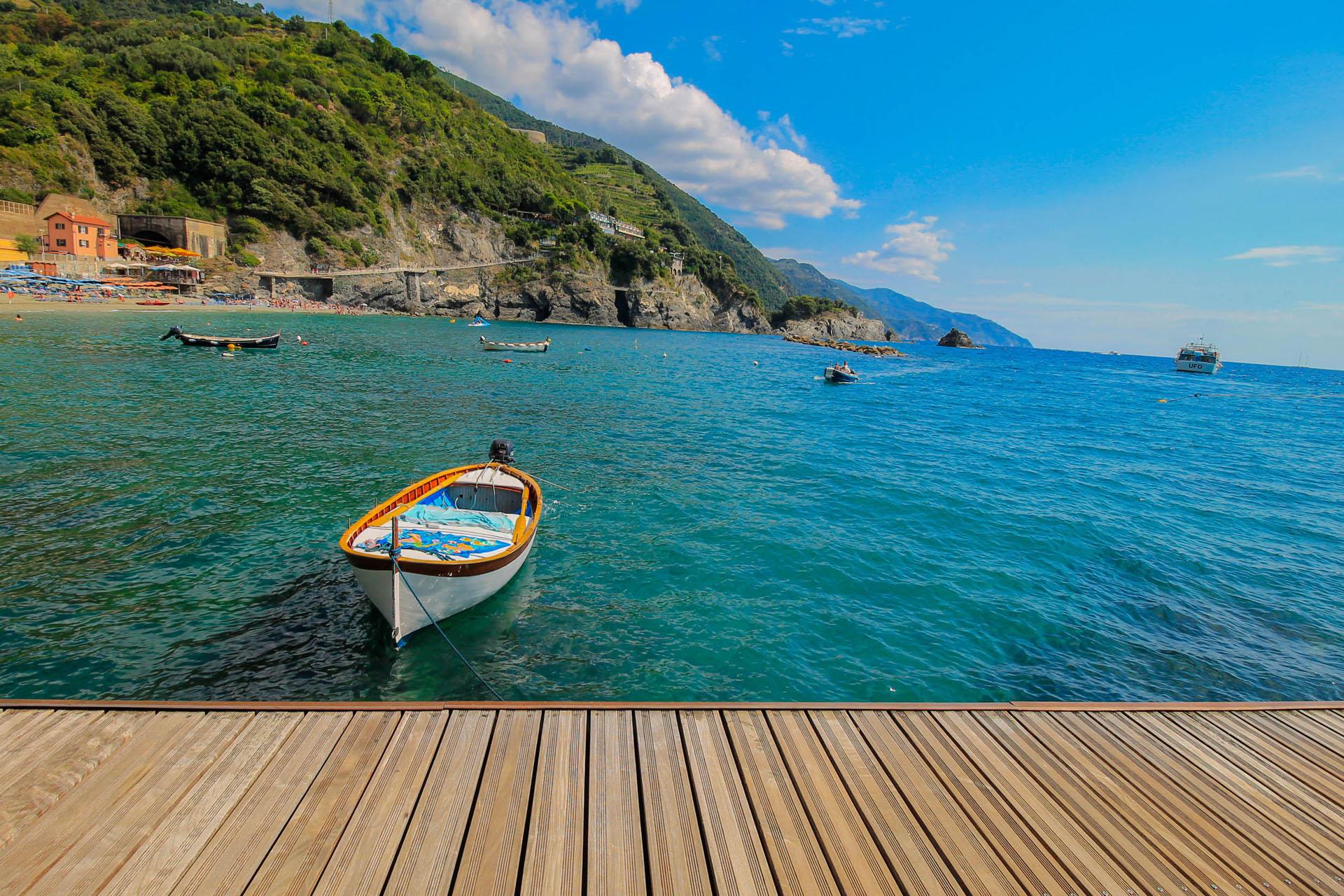 Riomaggiore boat tour
