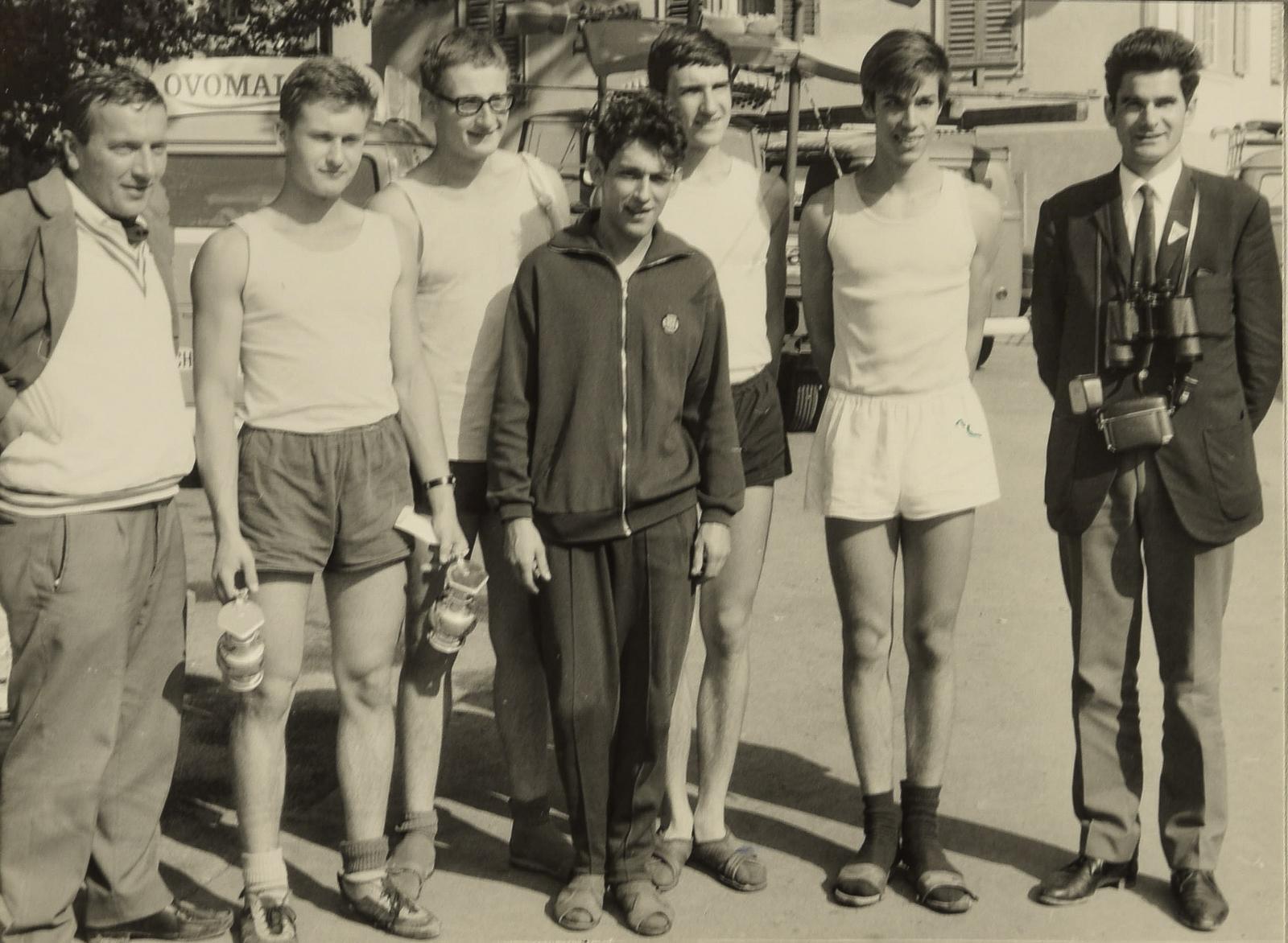 Walti und Bruno als Trainer und der Juniorenvierer im ERC, 1974