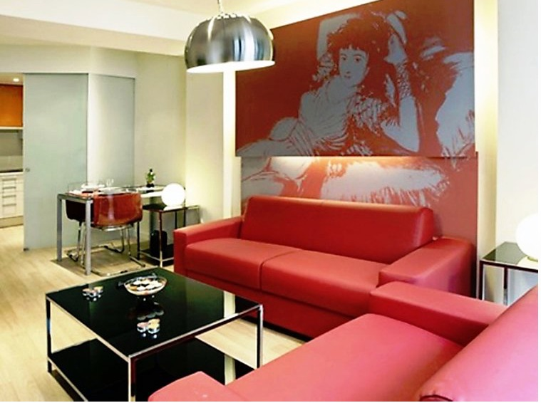Madrid apartment near Plaza Santo Domingo, Spain