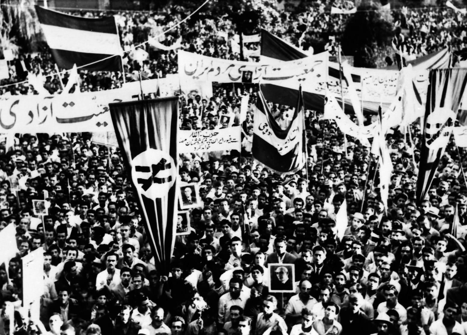1953_Iranian_coup_d'état_-_Tehran_rally.jpg