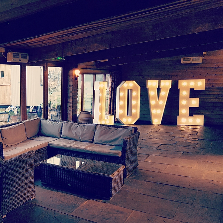 love-vividletters.jpg