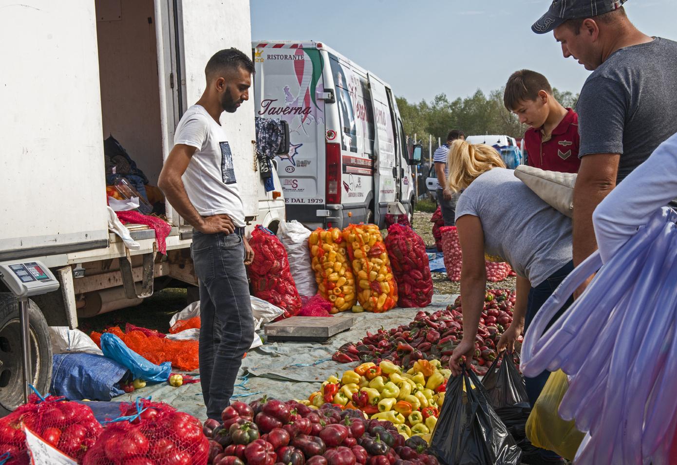 Arbore market 9035.jpg