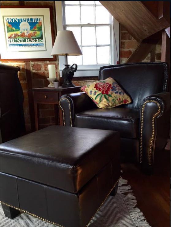 cottage living room 2.png