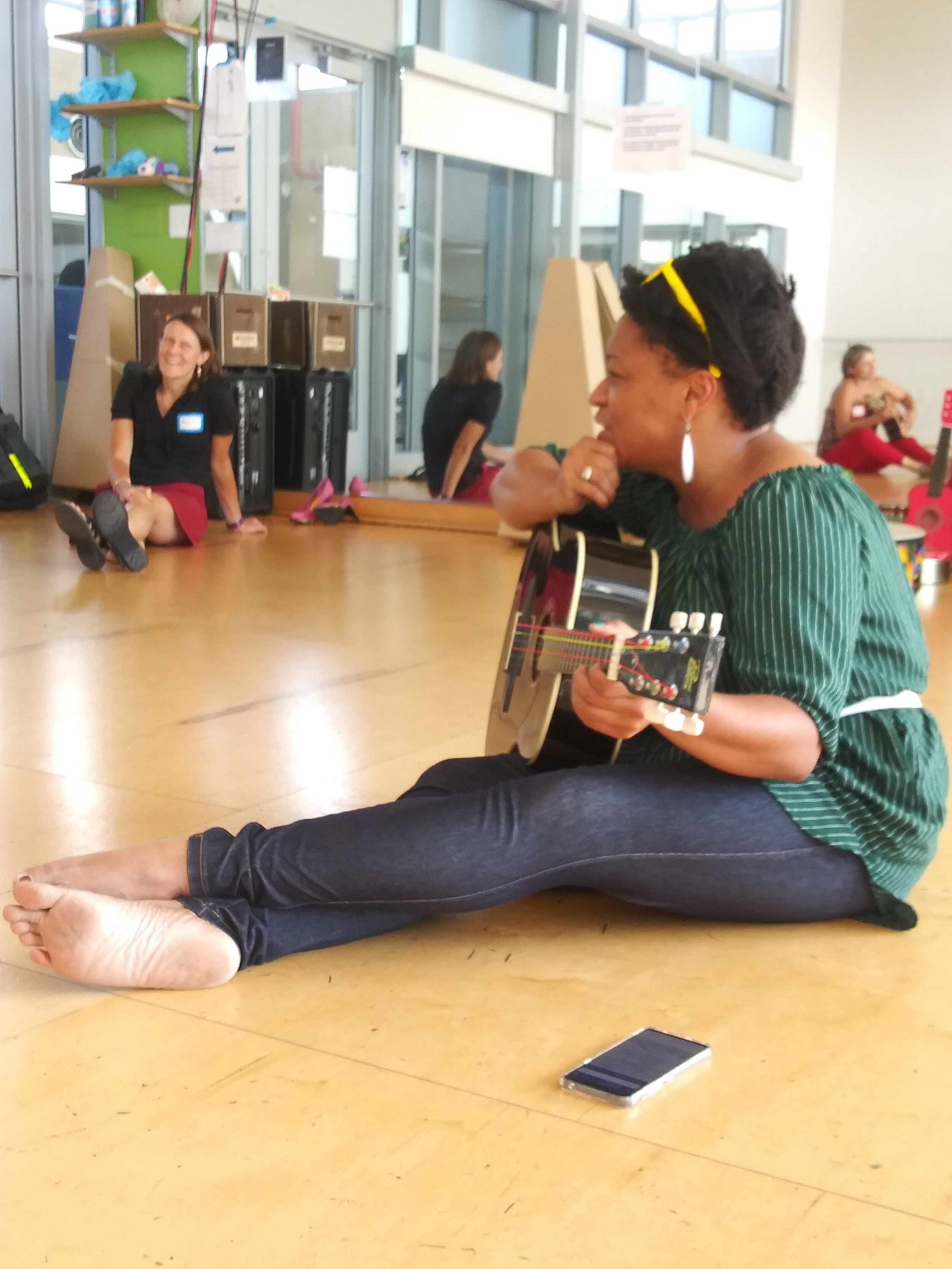 Teaching Artist Alesha Brown leads participants in a music and storytelling workshop.