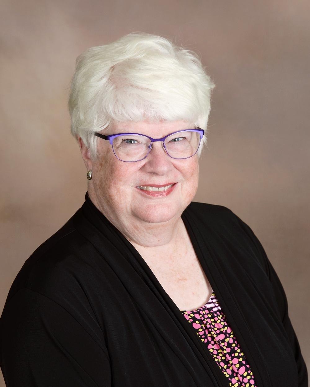 Suzanne Murlin   Sanctus Choir Director    Email Suzanne