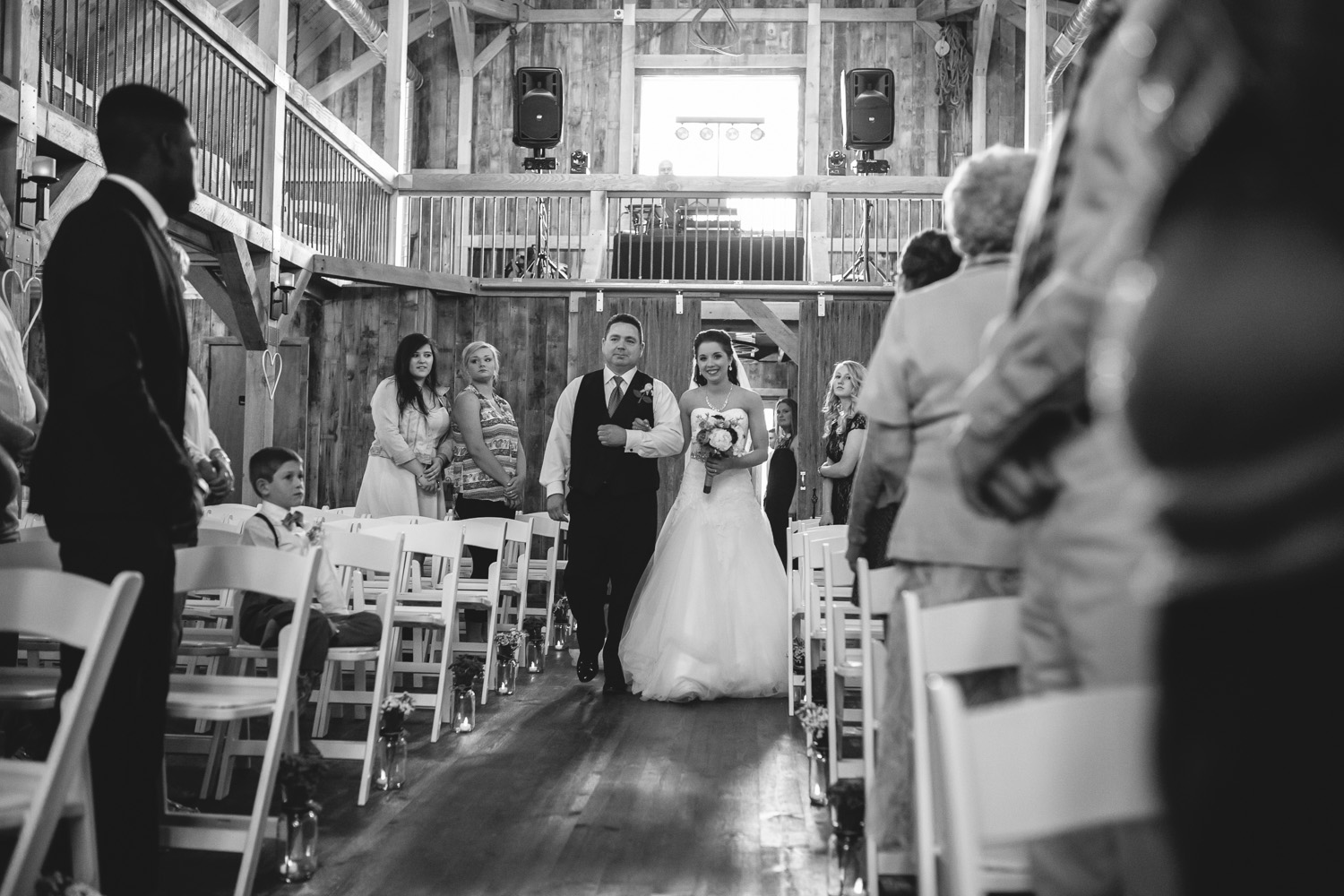 Gambrel Barn Wedding-27.jpg