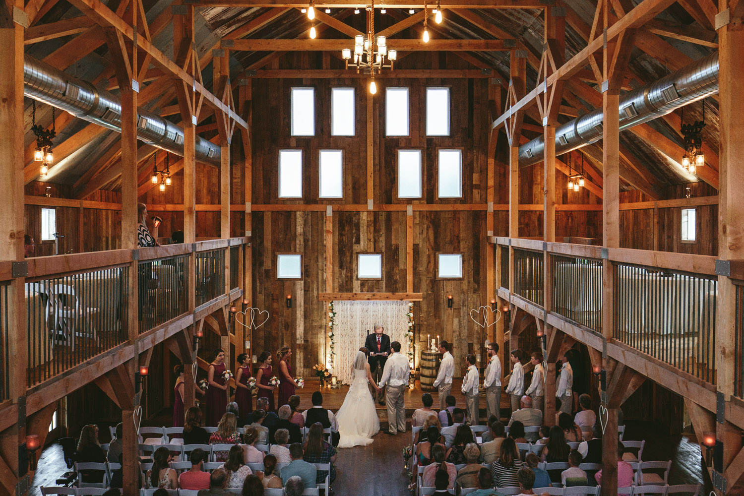 Gambrel Barn Wedding-29.jpg
