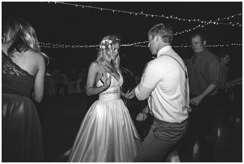 Table Rock Lake Wedding_0140.jpg