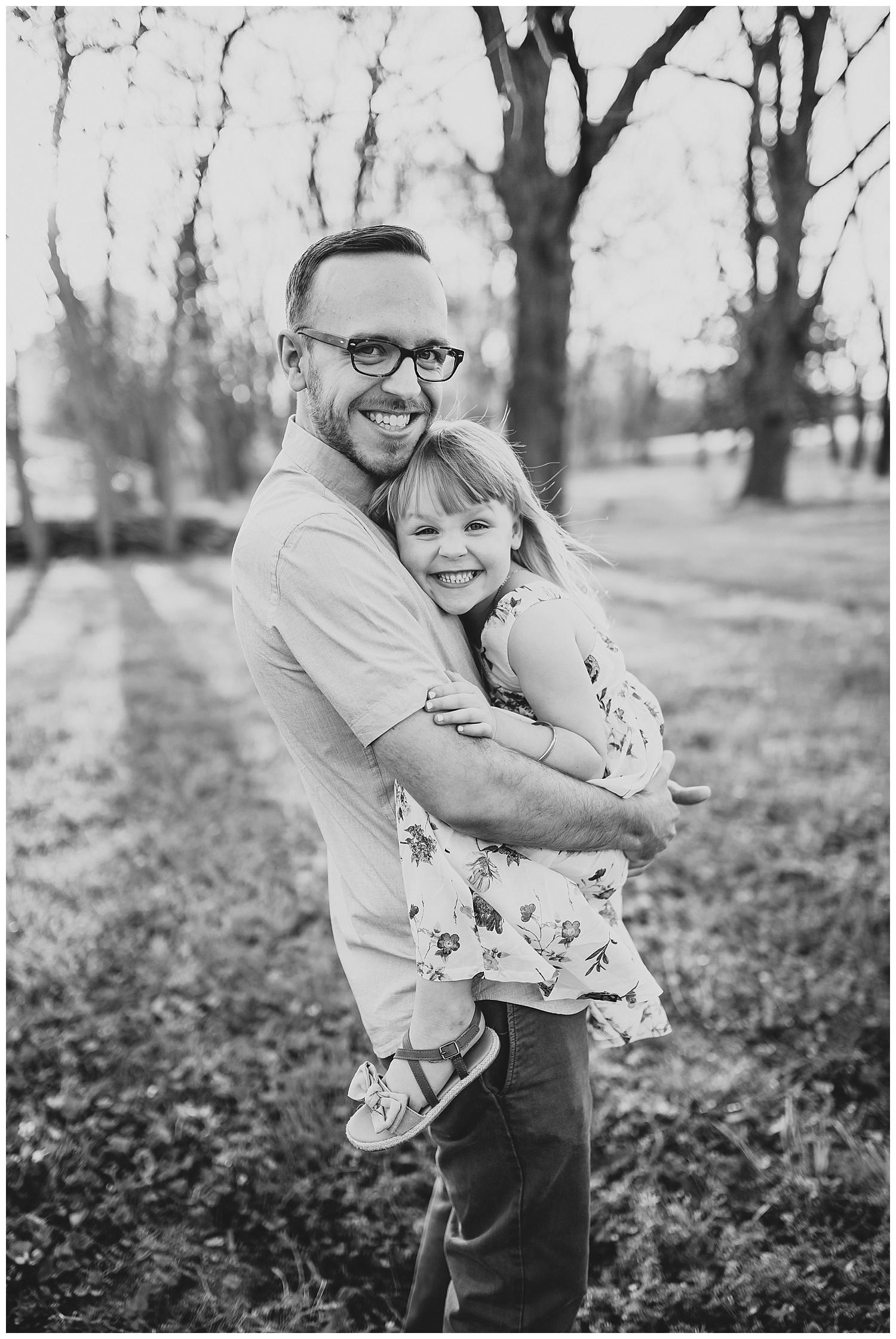 springfield mo lifestyle family portrait photographers.jpg