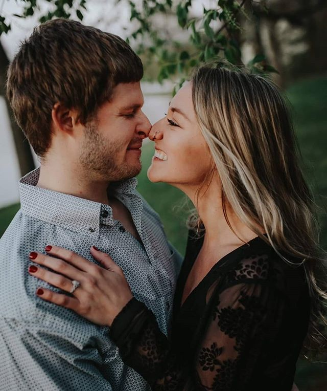 Love is never one thing. Always changing, it's one of the most dynamic forces on Earth. We think it's a beautiful thing, and we can't believe we get to photograph love for a living. 😍 ⁣ ⁣ Grab your sweetheart and let them know you love them.