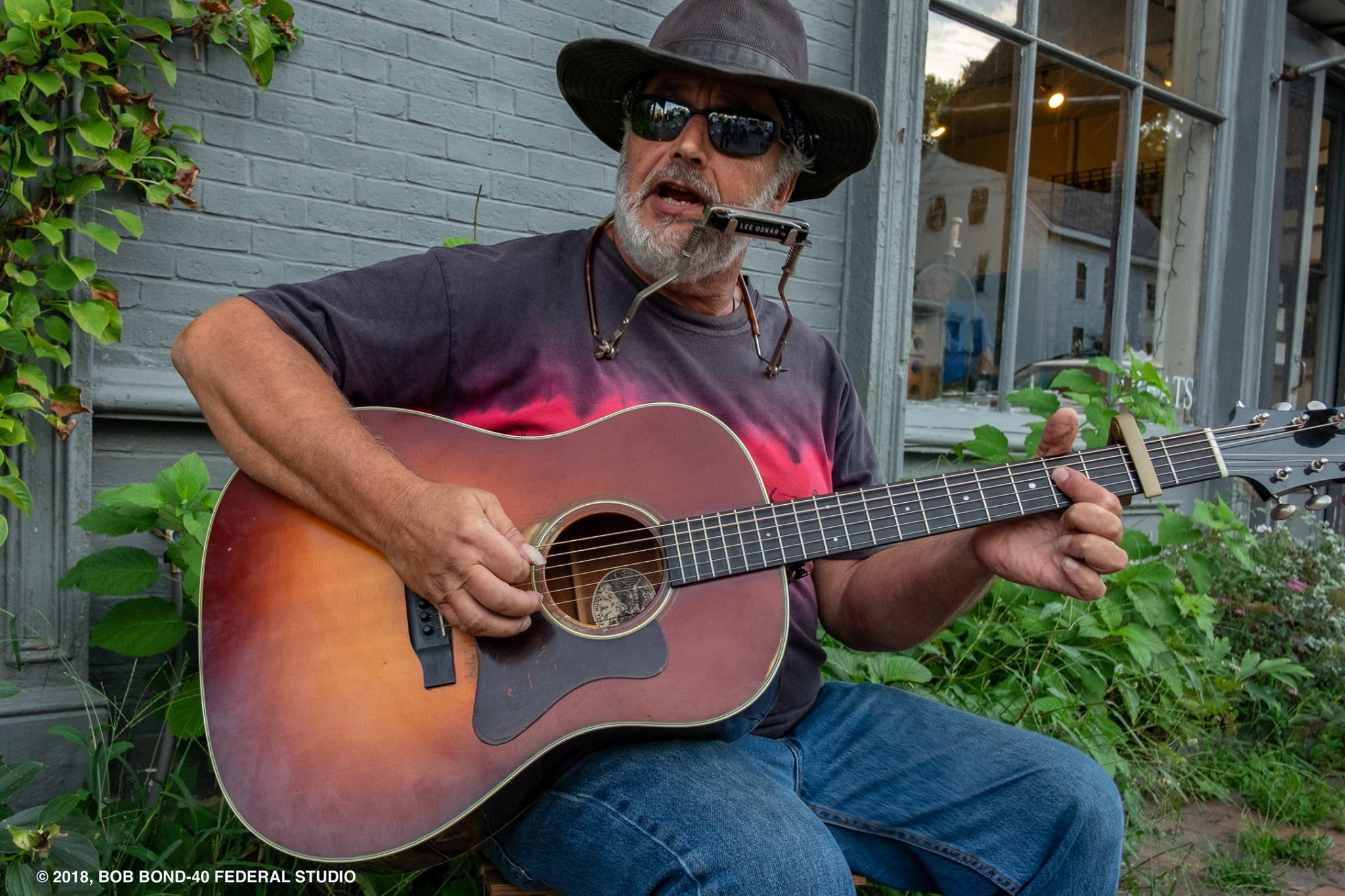 Rick Turcotte plays on the sidewalks (Bob Bond photo)