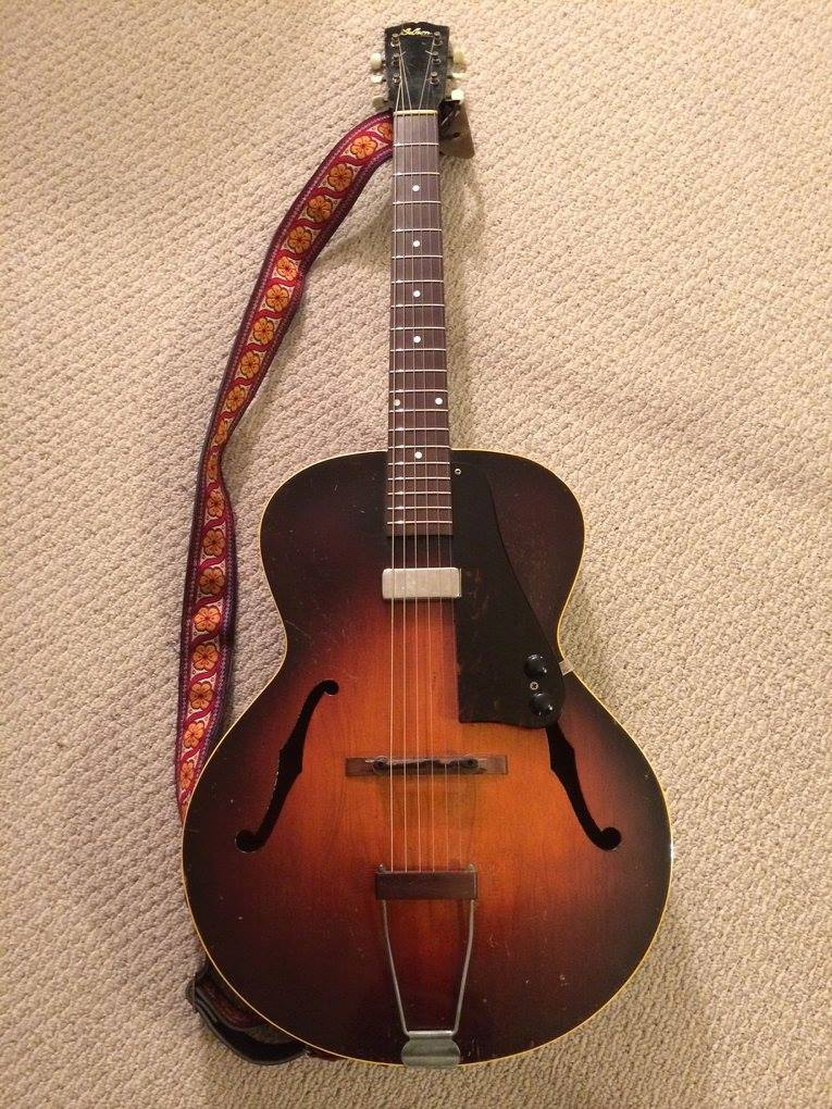 1940's Gibson L-50.jpg