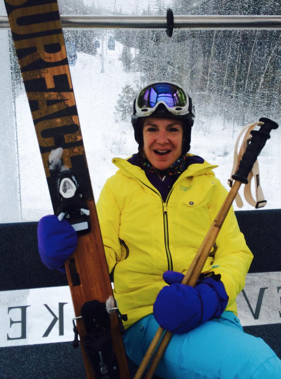 Claudia Profile SHot 3 Skiing.png