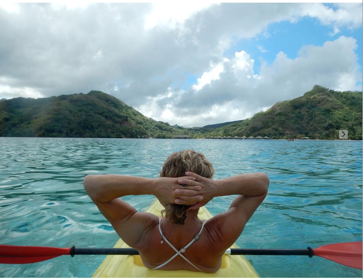 Claudia tahiti kayak profile.png