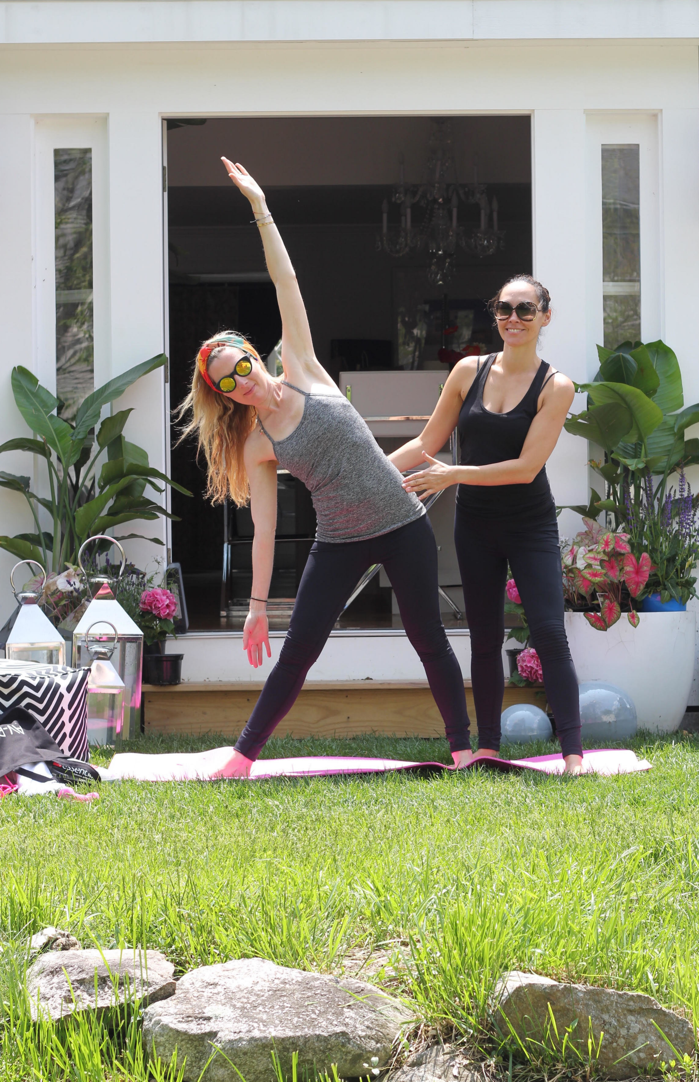 Fit-Fashion style goes  très chic from A Ruby, our newest go-to performance line,  AV-RA